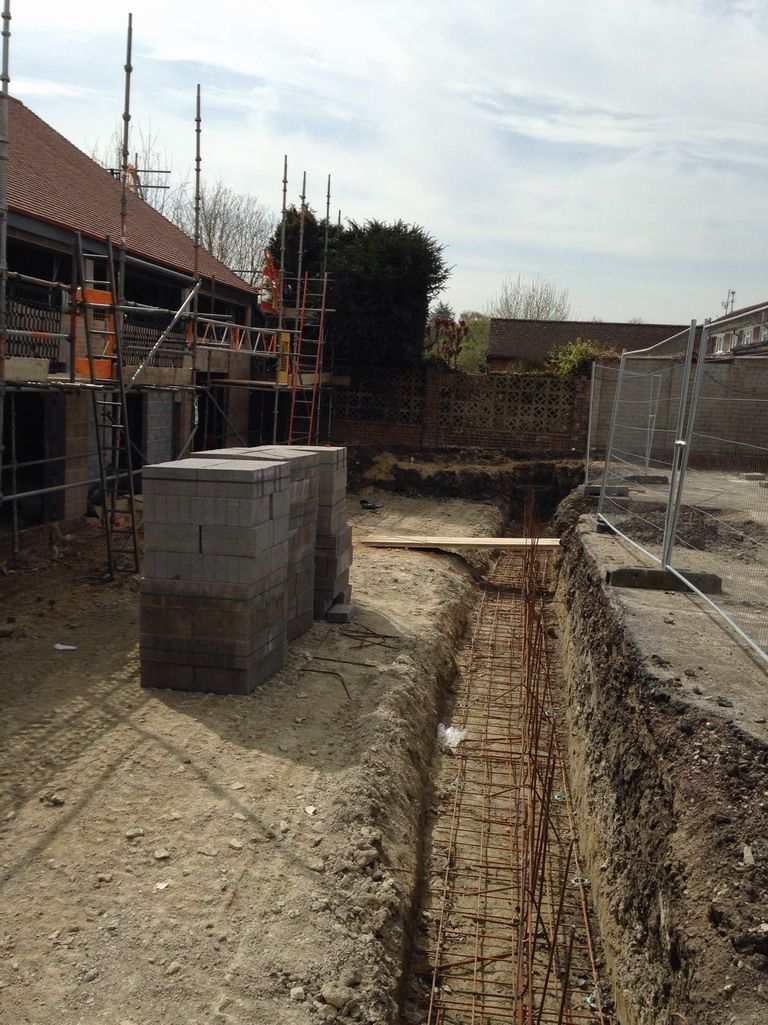 21 Apr 2016 Trench ready for concrete